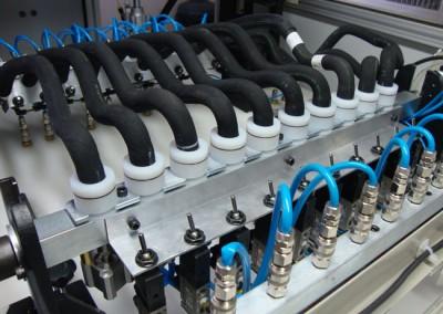 Bancada para testes de estanqueidade e obstrução em tubulações de combustível_b