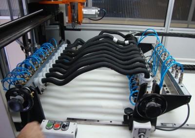 Bancada para testes de estanqueidade e obstrução em tubulações de combustível_c