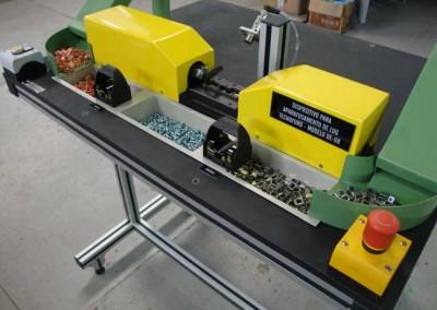 Dispositivo automatico de aparafusamento do conector 01