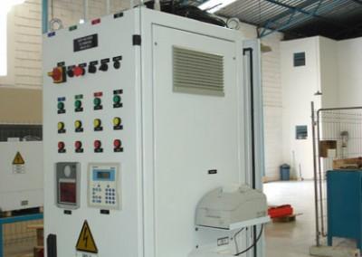 Equipamento para controle de estanqueidade em tanques automotivos de combustível - 4 saídas 03
